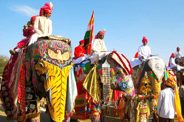 Image result for BEST WAY TO EXPLORE THE TRADITIONAL CULTURE OF JAIPUR AS TOURIST