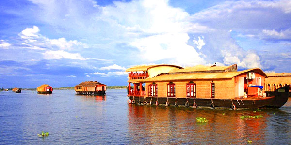 Backwaters Of Kerala Travel Packages